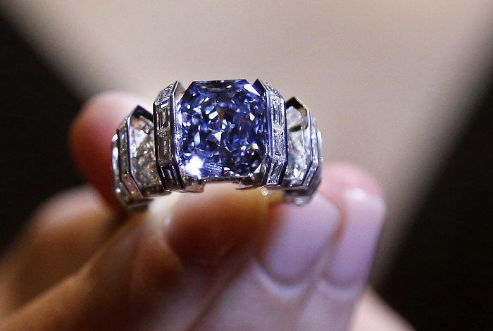 Sothebu's Blue Diamond